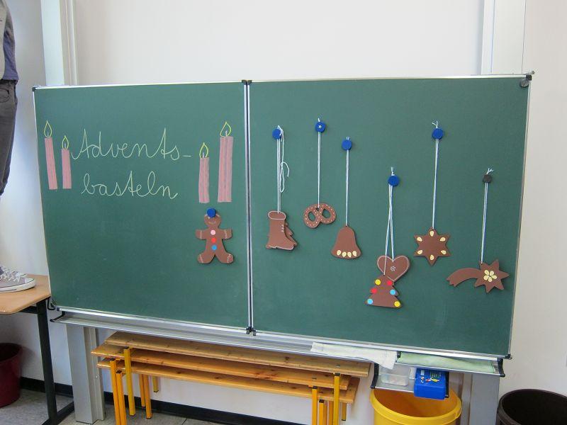 Weihnachtsbasteln Grundschule.In Der Weihnachtsbäckerei Grundschule Everswinkel