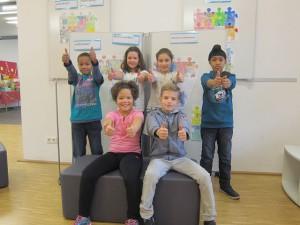 Haben sich für die Unterstützung von Flüchtlingskindern engagiert: Schülerinnen und Schüler aus dem 3. und 4. Jahrgang.